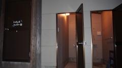 沖永良部島でダイビングシャワー室
