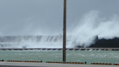 20110804-06台風9号のうねり