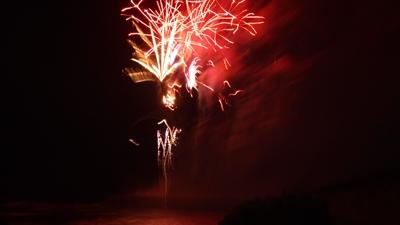20110814-13海に写る花火