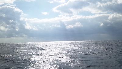 20111225-01クリスマスの海