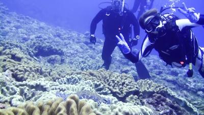 20120517-02ウミガメと記念撮影