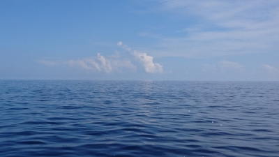 湖のような海
